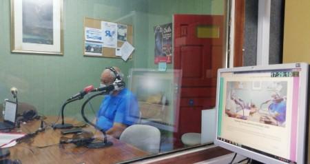 Julian Prieto a los micrófonos